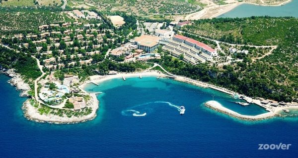 Хотел PINE BAY HOLYDAY RESORT *****